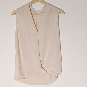 ANTHROPOLOGIE top new w/o tag